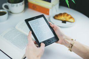 The Constant Debate of E-Books vs Book Books – Useful Points