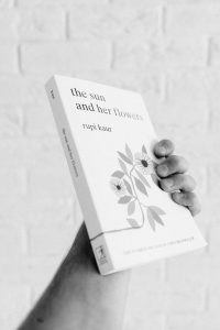 Bubok – Rupi Kaur – The Sun And Her Flowers writing